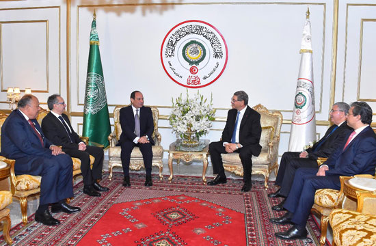 القمة العربية فى تونس بحضور الرئيس السيسى (1)