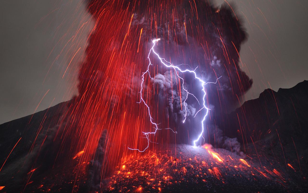 العواصف الرعدية النارية