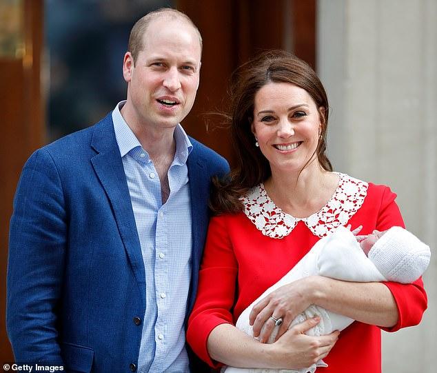 الأمير وليام وزوجته كيت بعد الولادة فى جناح ليندو