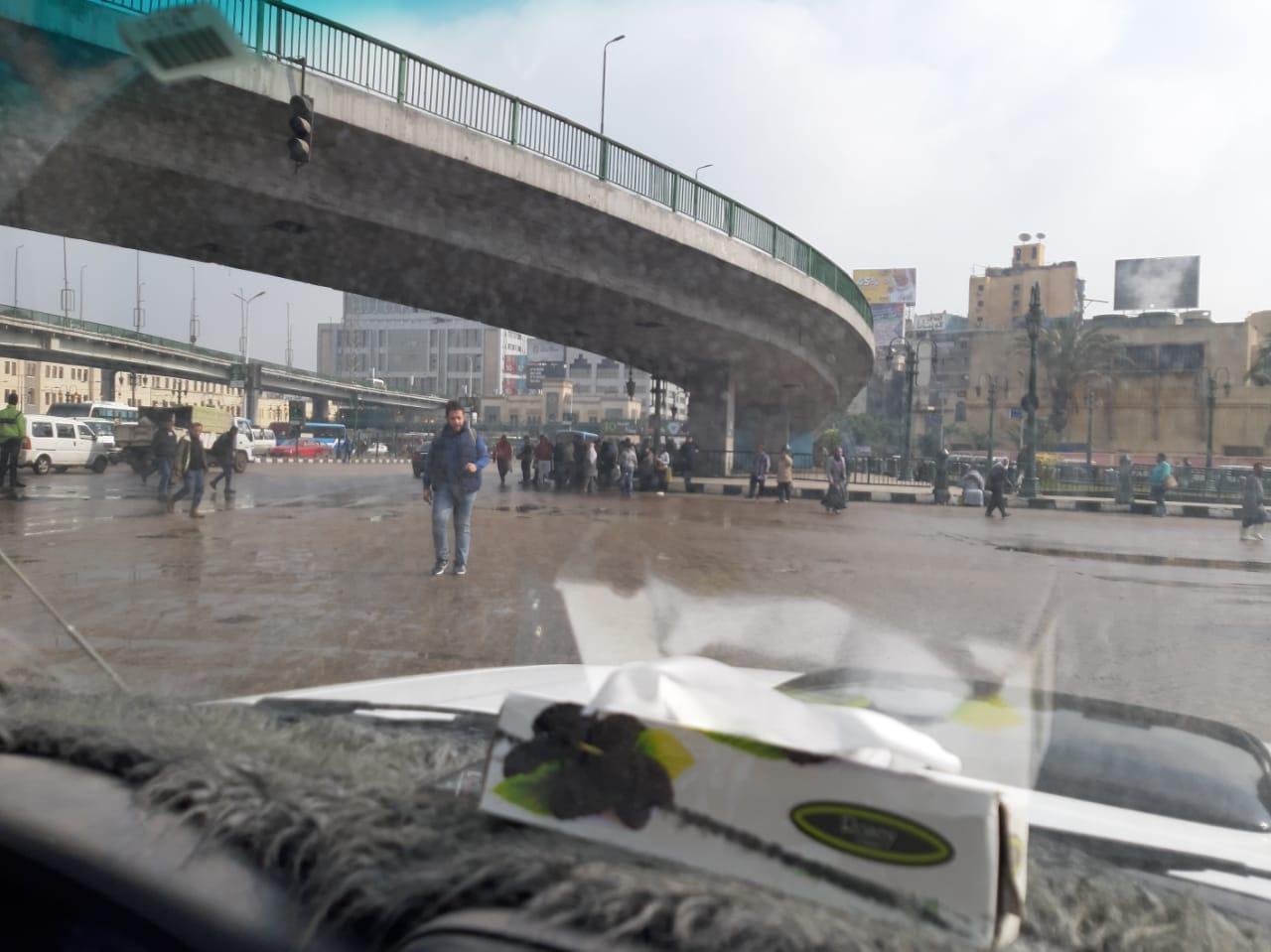 صرف القاهرة والجيزة ينجحان فى التعامل مع مياه الأمطار (11)