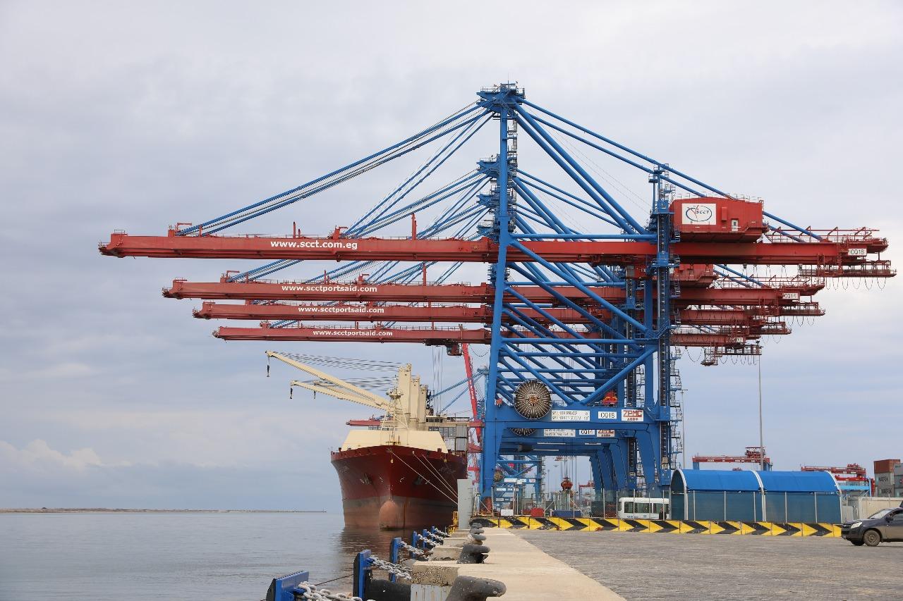 ميناء شرق بورسعيد يستقبل أول سفينتين بعد تشغيل أرصفته الجديدة