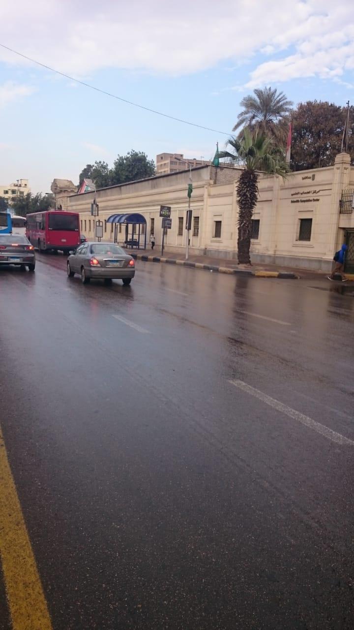 صرف القاهرة والجيزة ينجحان فى التعامل مع مياه الأمطار (15)