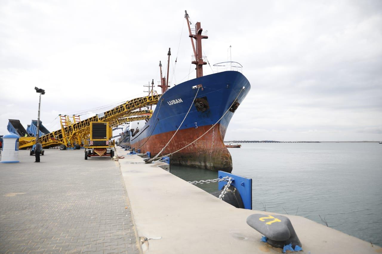 سفينة عالمية تصل ميناء شرق بورسعيد بعد تشغيل الأرصفة الجديدة