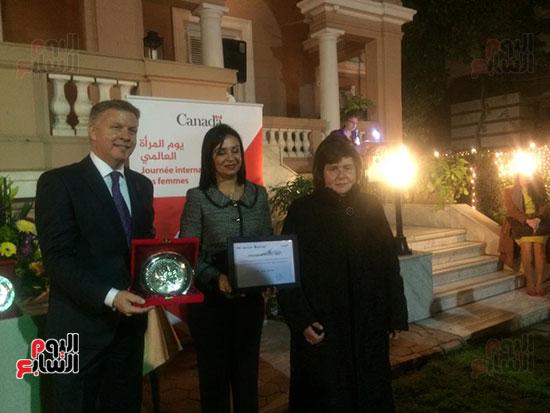 سفارة كندا تكرم عددا من المصريات (4)