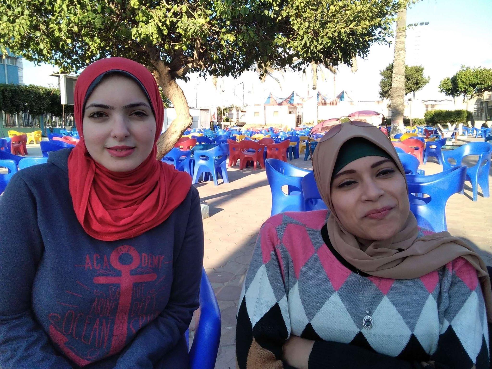 فتيات بكفر الشيخ تنظمن المعارض لتوفير السلع  (3)
