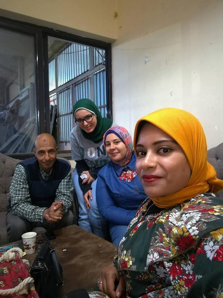 فتيات بكفر الشيخ تنظمن المعارض لتوفير السلع  (4)