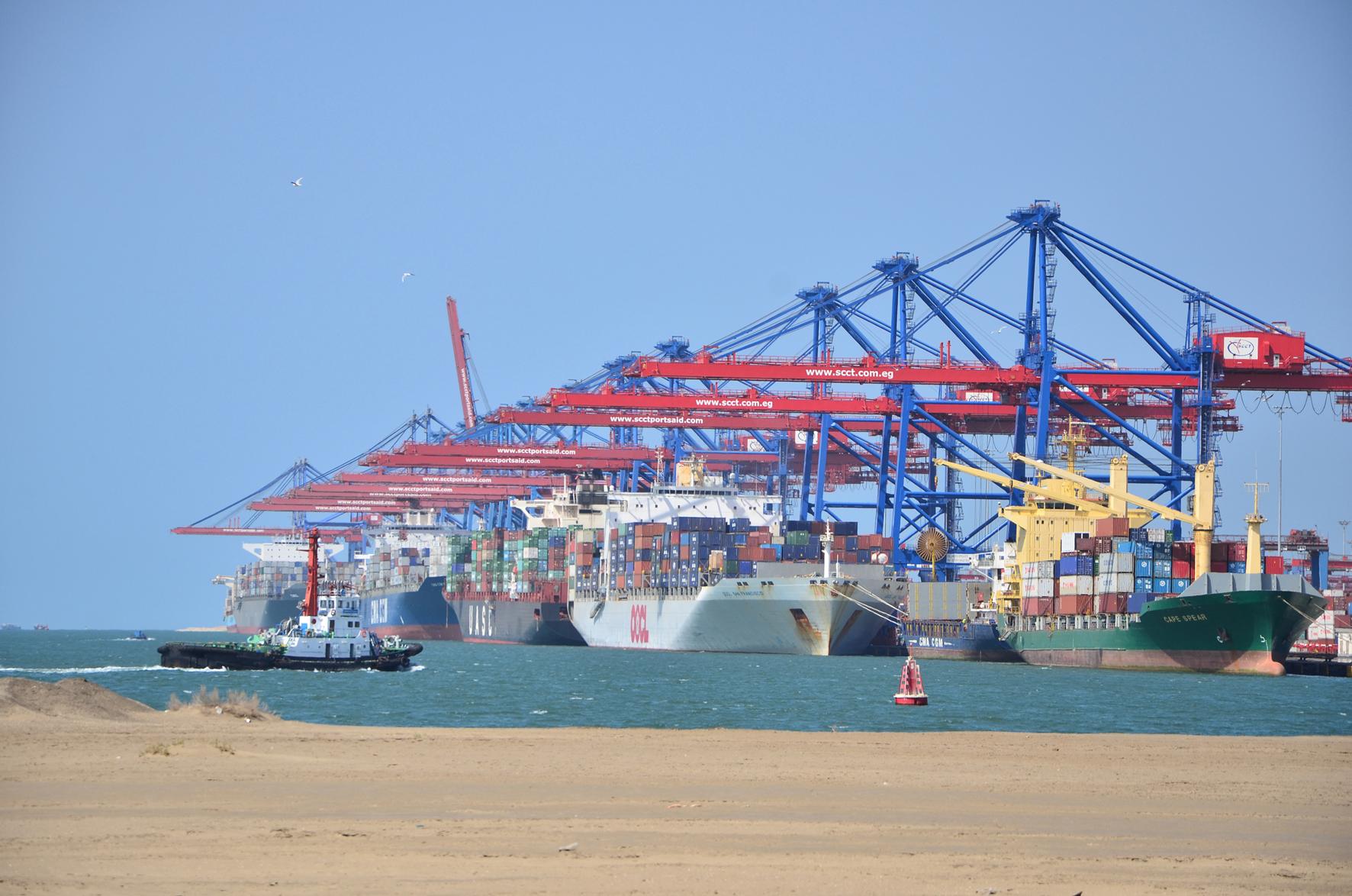 ميناء شرق بورسعيد (4)