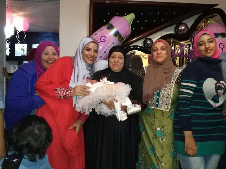 ابو اليزيد مع العائلة