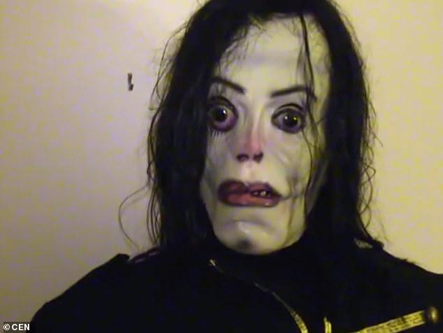 دمية مايكل جاكسون  (2)