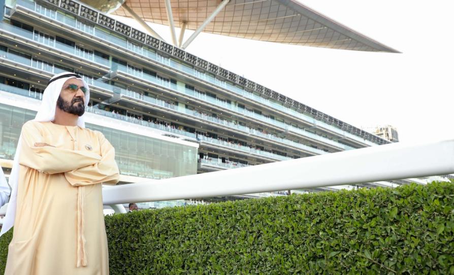 الشيخ محمد بن راشد حاكم دبى خلال انطلاق حفل سباق الخيول