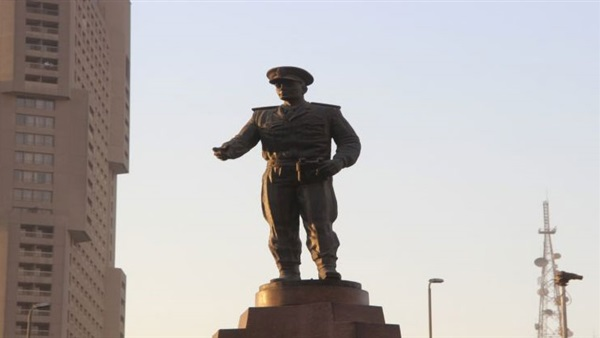 تمثال عبد المنعم رياض (1)