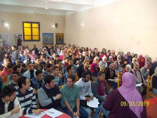 انطلاق ماراثون المراجعات المجانية بمدارس الإسكندرية (2)