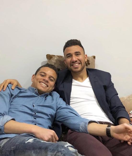 محمود تريزيجيه مع لاعب الأهلى سعد سمير
