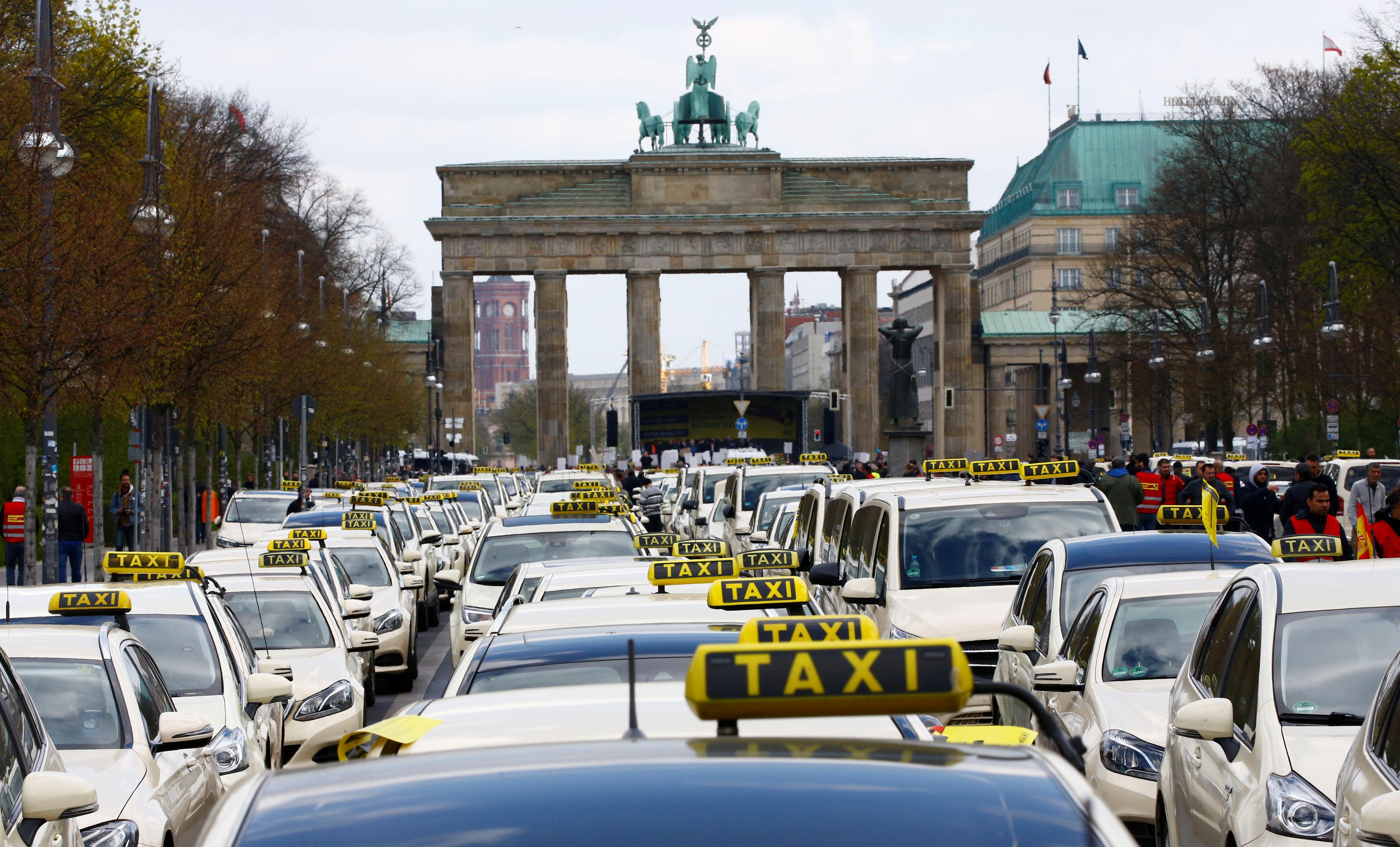 انتفاضة سائقى التاكسى (2)