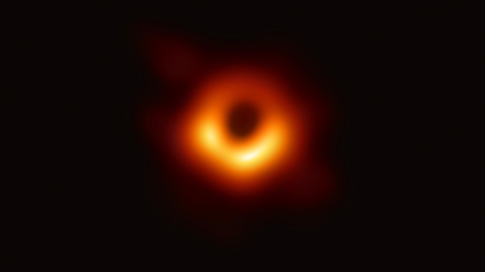 صورة الثقب الاسود
