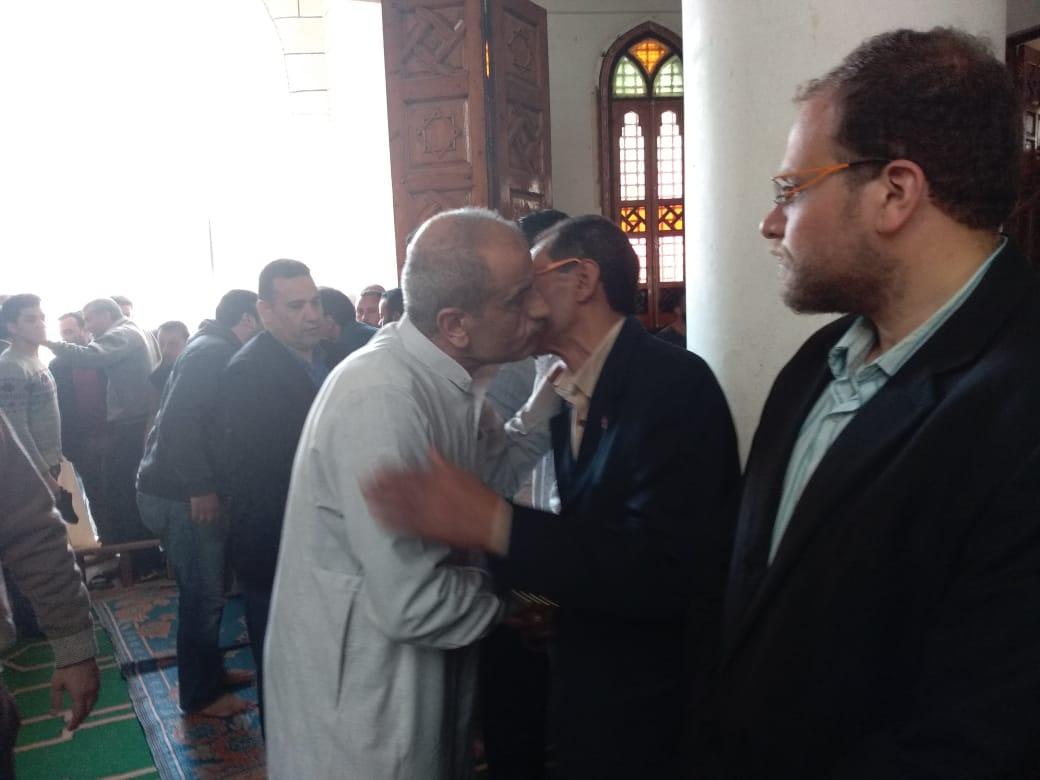 جنازة الفنان محمود الجندى (10)