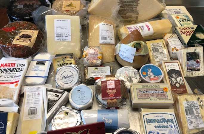 أنواع الجبن المختلفة