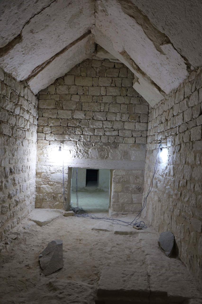 مقبرة خوى (1)