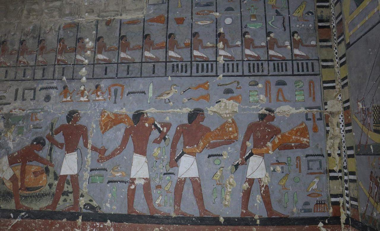 مقبرة خوى (3)