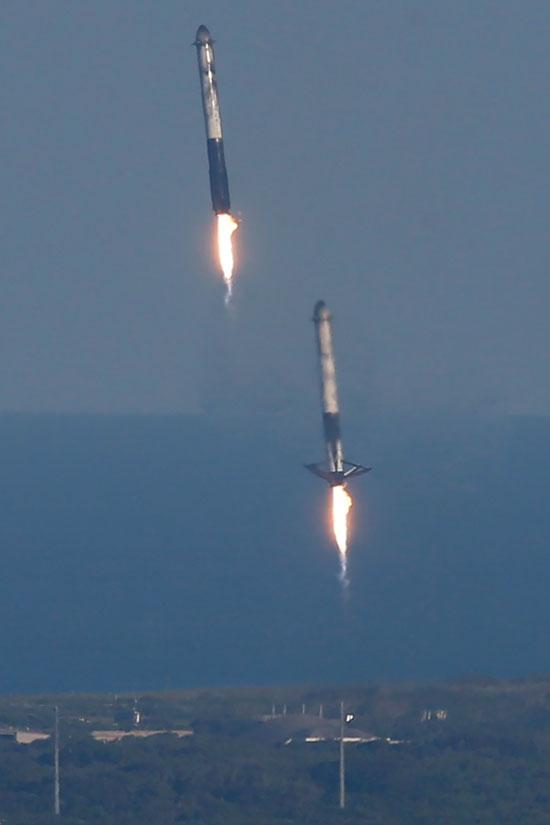 لحظة-إطلاق-أقوى-صاروخ-للفضاء-(5)