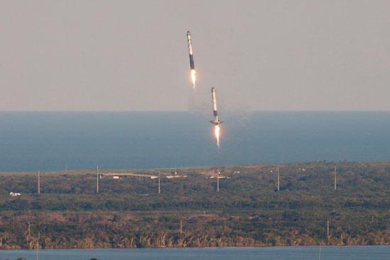 لحظة-إطلاق-أقوى-صاروخ-للفضاء-(13)