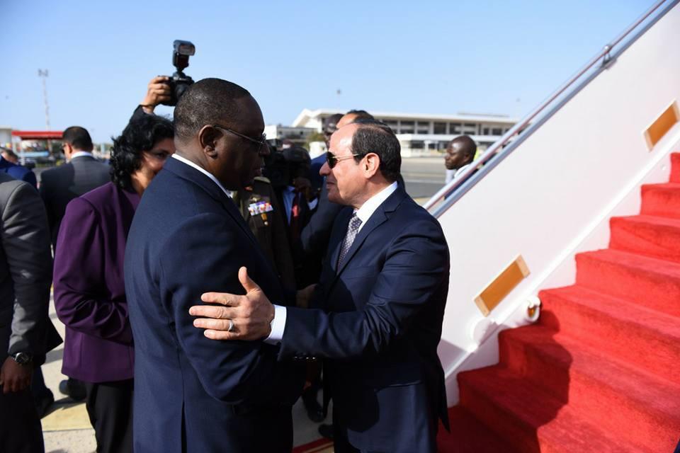 السيسى يصل العاصمة السنغالية داكار (3)