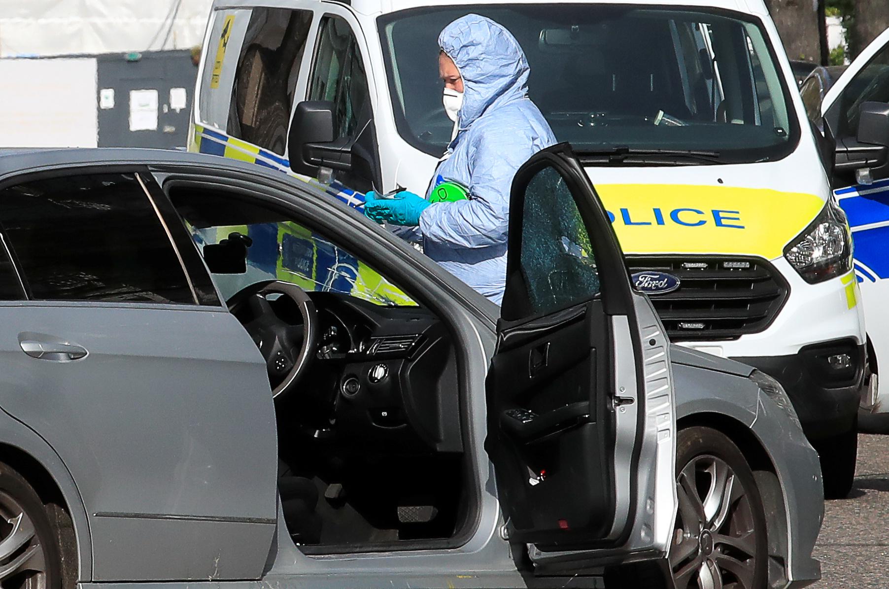 إطلاق النار على مركبة صدمت سيارة سفير أوكرانيا  (3)