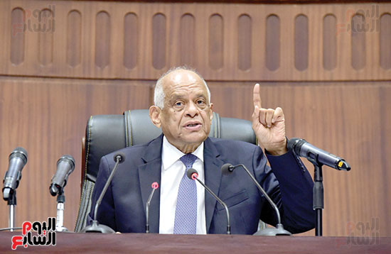 التعديلات الدستورية بالبرلمان (1)