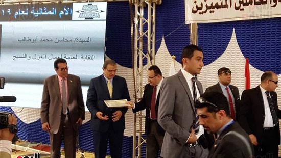 وزير-القوى-العاملة-يفتتح-منتجع-أبو-قير-السياحى--(10)
