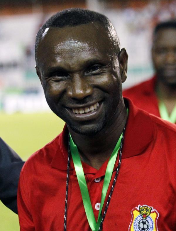 مدرب منتخب الكونغو