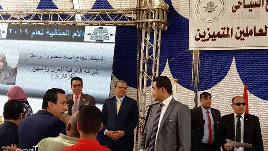 وزير-القوى-العاملة-يفتتح-منتجع-أبو-قير-السياحى--(14)