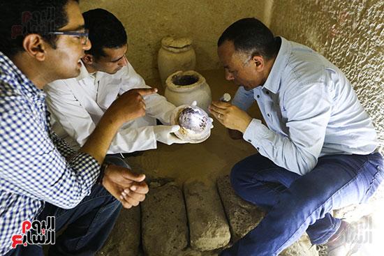 مقبرة خوى أحد النبلاء فى مصر  فى سقارة (26)