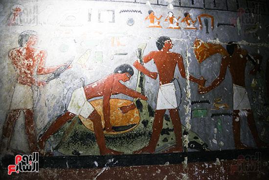 مقبرة خوى أحد النبلاء فى مصر  فى سقارة (17)