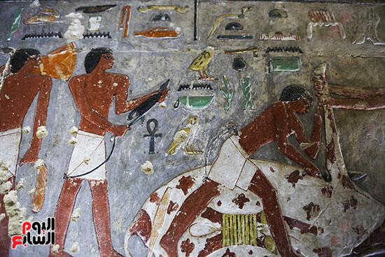 مقبرة خوى أحد النبلاء فى مصر  فى سقارة (19)