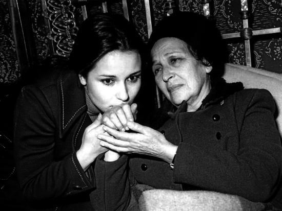 أمينة رزق و نورا