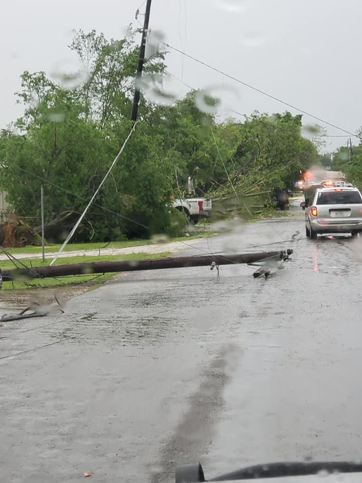 سيارات الحطام الذى خلفه إعصار فى فرانكلين بولاية تكساس بامريكا