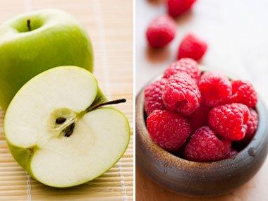 التفاح مع التوت
