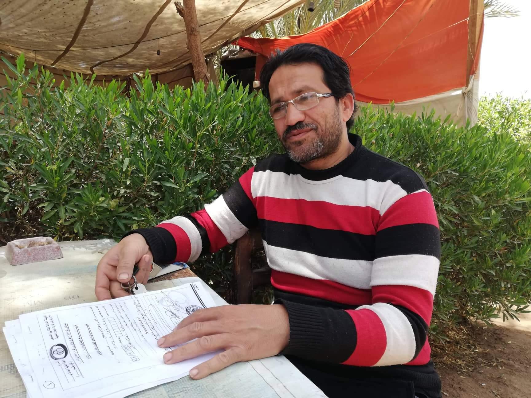 محمد أحمد سعيد شاب من أهالى مدينة موط بالداخلة (13)