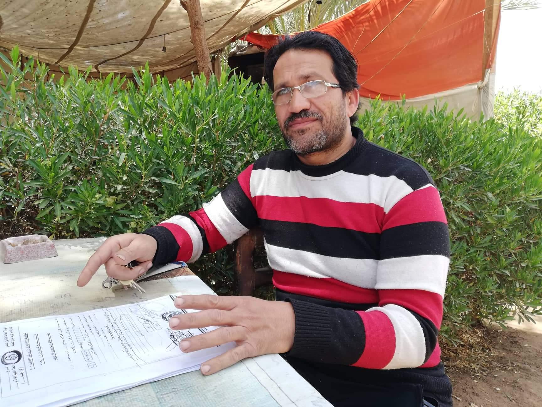 محمد أحمد سعيد شاب من أهالى مدينة موط بالداخلة (5)