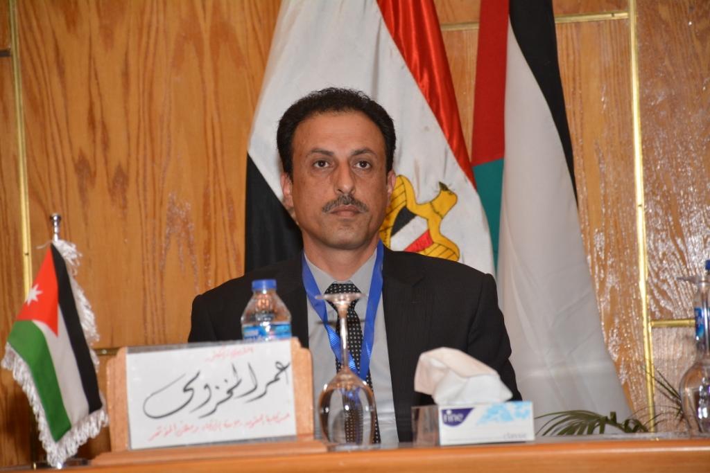 نخبة من الأساتذة والباحثين القانونين بمختلف البلدان العربية  (9)
