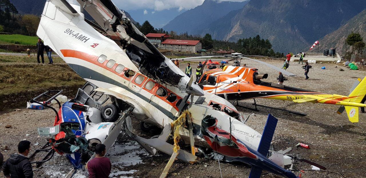 سقوط طائرة بنيبال