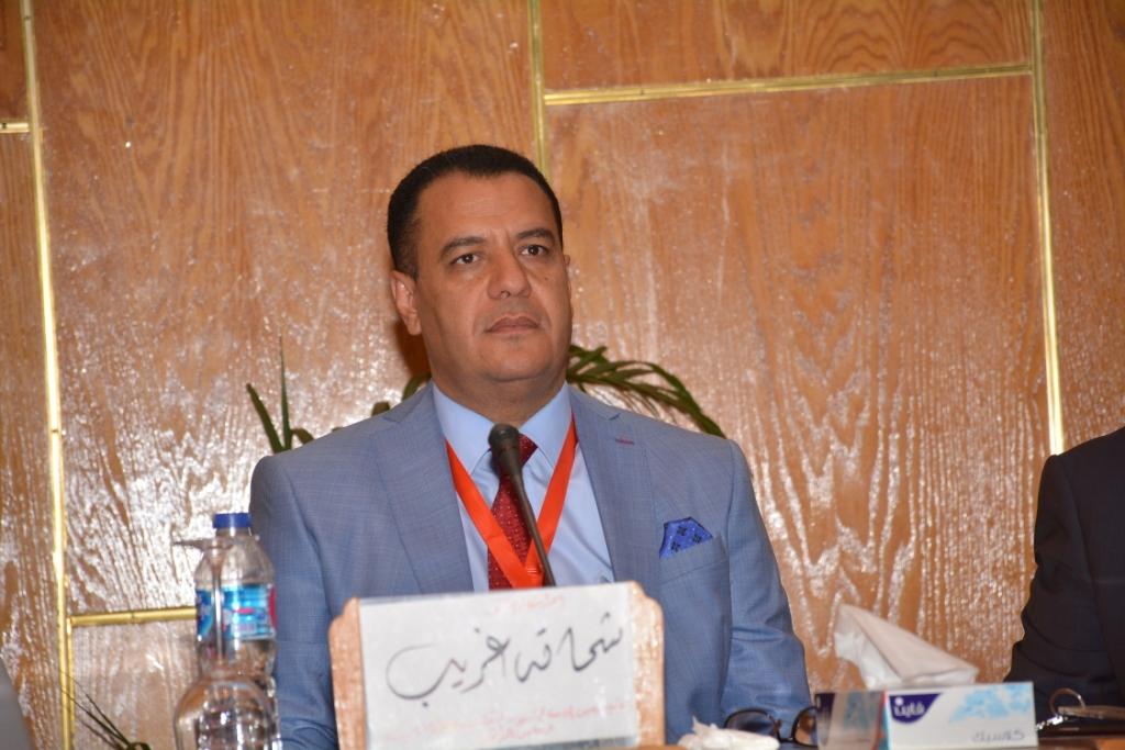 نخبة من الأساتذة والباحثين القانونين بمختلف البلدان العربية  (8)
