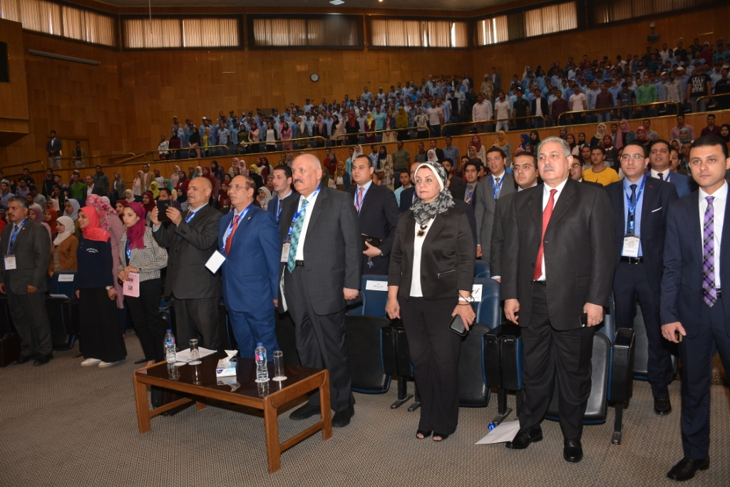 نخبة من الأساتذة والباحثين القانونين بمختلف البلدان العربية  (3)