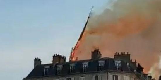 حريق كاتدرائية نوتردام (1)