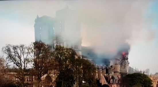 حريق كاتدرائية نوتردام (4)