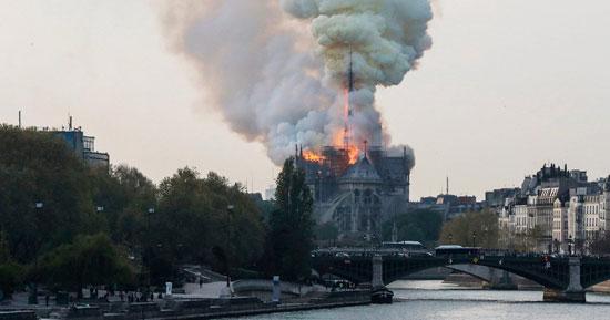 حريق كاتدرائية نوتردام (17)