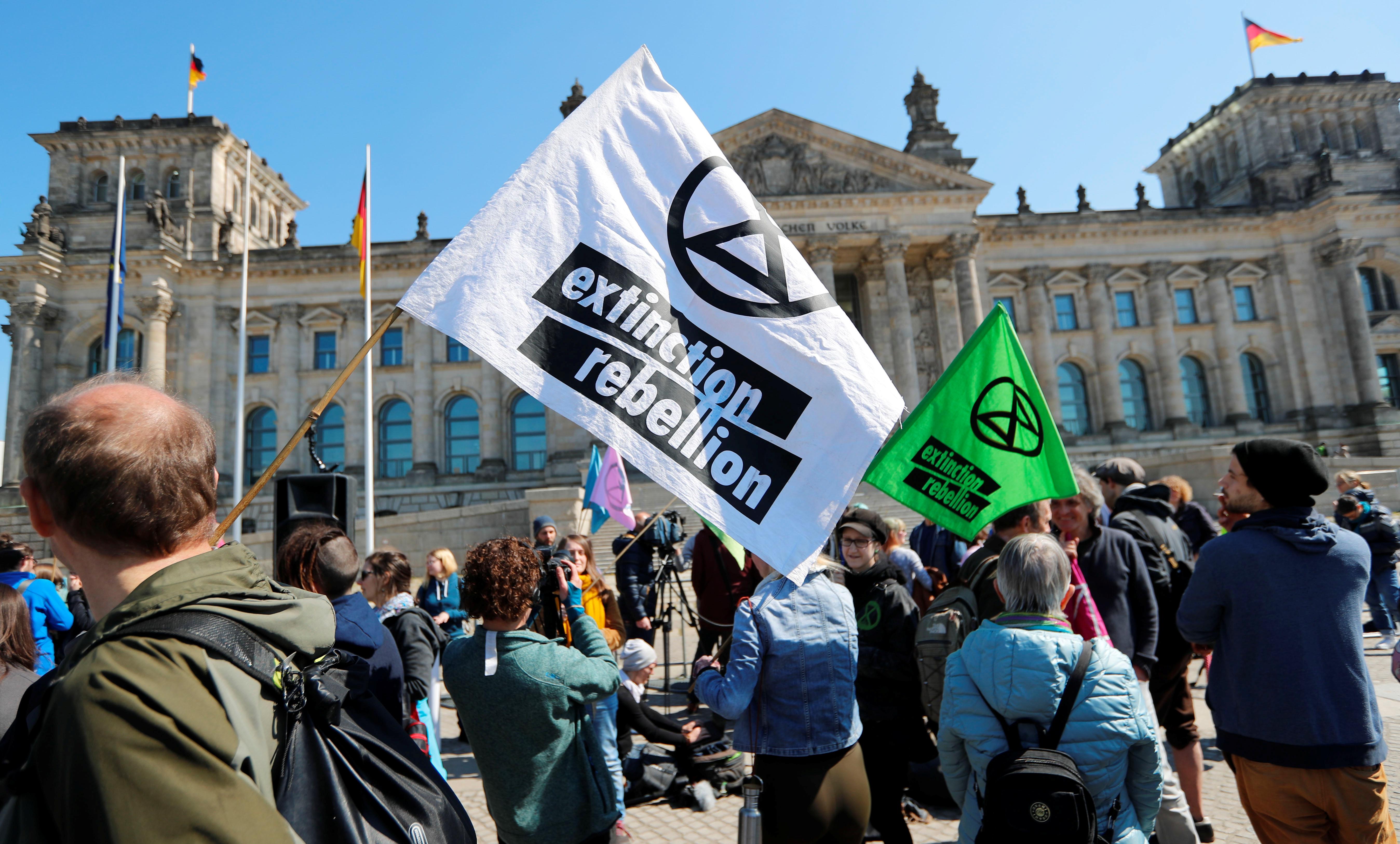 مظاهرات تغيرات المناخ بلندن (22)