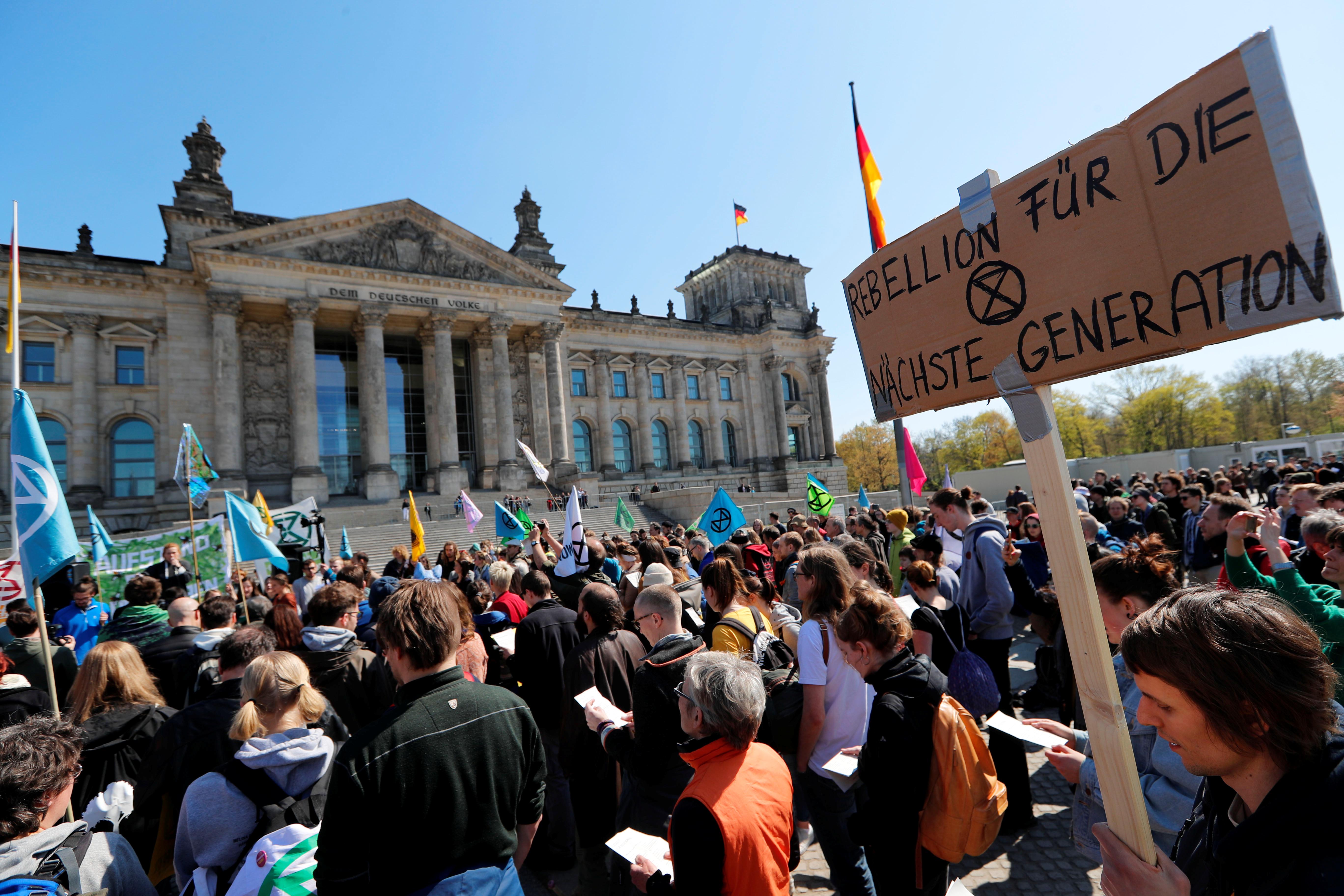 مظاهرات تغيرات المناخ بلندن (23)