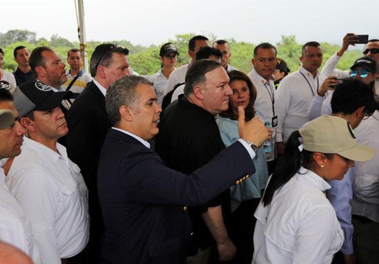 وزير خارجية امريكا بالرئيس الكولومبى (4)