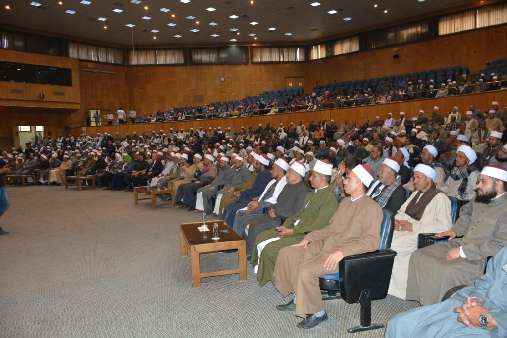 شلقامى يختتم منتدى جامعة أسيوط للحوار الوطنى (3) - Copy